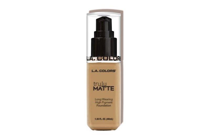 L.A. Colors Truly Matte Foundation – Medium Beige (CLM355)