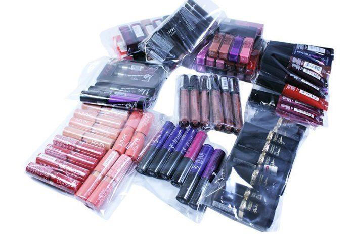 Mixed Box Lipstick - 100 Units